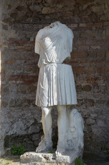 marble statue sculpture ancient rome ostia woman