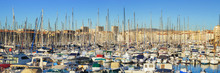 Fototapete - Port of Marseille, France