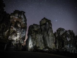Klettern bei Nacht an den Externsteinen