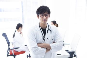 男性医師のポートレート
