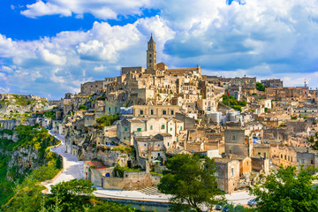 Foto auf Acrylglas Historisches Gebaude Matera, Basilicata, Italy: Landscape view of the old town - Sassi di Matera, European Capital of Culture, at dawn