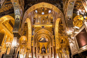 Saracen arches and Byzantine mosaics within Palatine Chapel of the Royal Palace in Palermo, Sicily, Italy Wall mural
