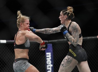 MMA: UFC 225-Holm vs Anderson