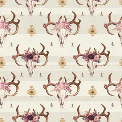 Watercolor boho seamless pattern of deer skull with antlers & floral arrangement on bright background. Native american decor, print element, tribal bohemian navajo, Indian, Peru, Aztec wrapping