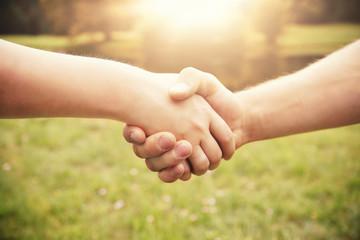Einigung per Handschlag