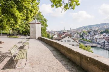 Zürich, Lindenhof, Limmat, Stadt, Altstadt, Aussichtspunkt, Limmatquai, Limmatstadt, Altstadthäuser, Stadtrundgang, Sommer, Schweiz