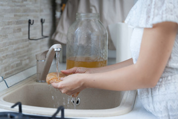 Preparing Kombucha Tea