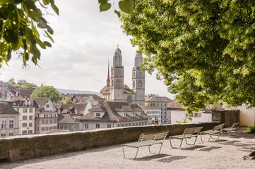 Zürich, Lindenhof, Stadt, Altstadt, Grossmünster, Kirche, Altstadthäuser, Linden, Limmat, Niederdorf, Aussichtspunkt, Sommer, Schweiz