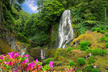 Foto op Plexiglas Watervallen Veu da Noiva waterfall, Sao Miguel island, Azores, Portugal
