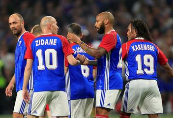 France 98 v FIFA 98 Selection