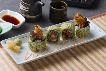 Soft shell crab roll sushi