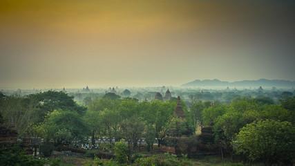 Tempelstadt Bagan Sonnenaufgang