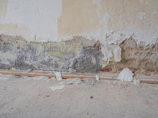 Salpeter in einer Wohnung
