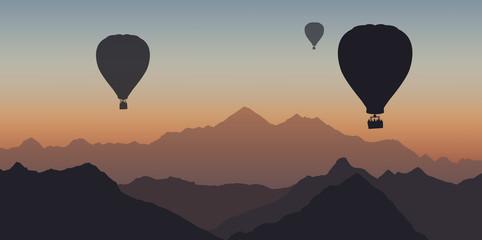 Montgolfière - montagne - Everest -évasion - liberté - calme - coucher de soleil - tranquille