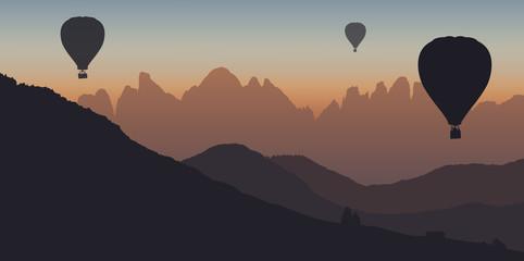 Montgolfière - montagne - dolomite - évasion - liberté - calme - coucher de soleil - tranquille