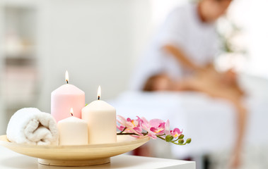 Photo sur Toile Spa composition of spa candles and towels