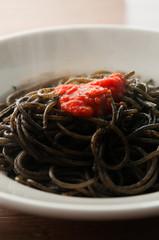 イタリア料理パスタ、イカスミのスパゲッティ