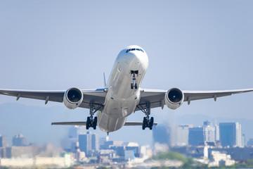 Boeing 777-300 takeoff