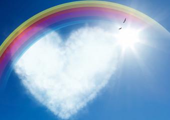 ハートの雲に虹が架かる