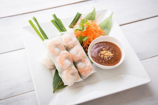 vietnamese summer roll