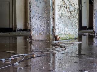 Keller nach einem Hochwasserschaden im Haus