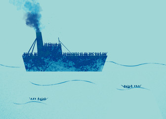 Nave con profughi a bordo che richiedono aiuto. Mare con persone in acqua che chiedono aiuto. Migranti che attraversano il mare