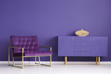 Gold and violet sophisticated interior