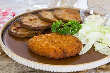 escalope  pané et galettes de légumes