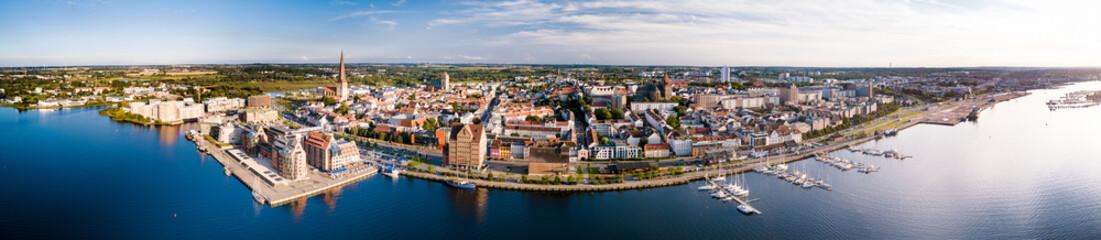 Panorama des Rostocker Stadthafens