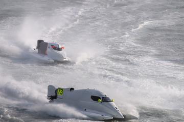 fast powerboat racing