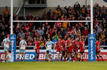 Super League - Salford Red Devils vs Widnes Vikings