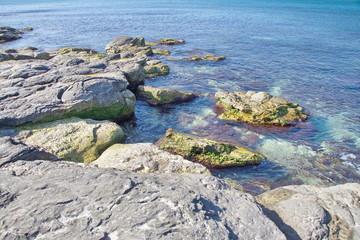 Каменистый берег Каспия в олрестностях Актау