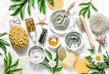 Flat lay beauty skin care ingredients, accessories. Natural beauty products on a light background, top view Fototapete