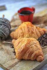Canvas Prints Coffee beans croissant, café