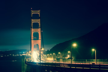 Golden Gate bridge bei Nacht vintage