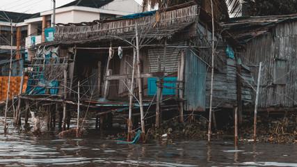 Gebäude am Mekong delta in Vietnam
