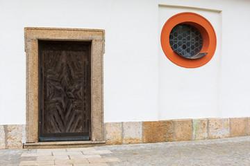 Altes Kirchentor in Bayern, Deutschland