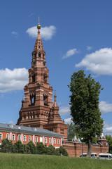 Колокольня Черниговского скита в Сергиевом посаде.