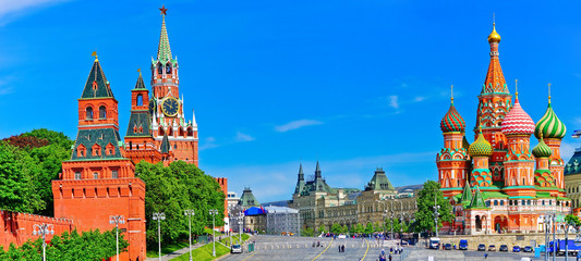 Garden Poster Asian Famous Place View of Kremlin and Red Square in summer in Moscow, Russia.