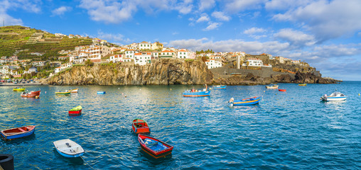 Wall Mural - Camara de Lobos, harbor and fishing village, Madeira island, Portugal