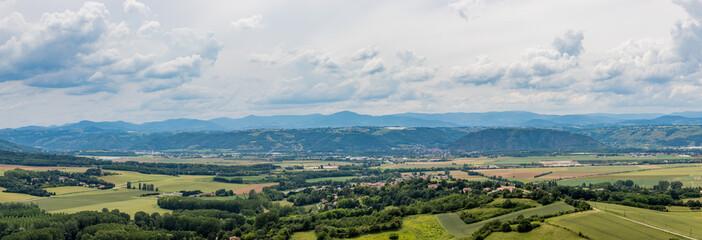 Panorama de la vallée du Rhône depuis la Tour d'Albon