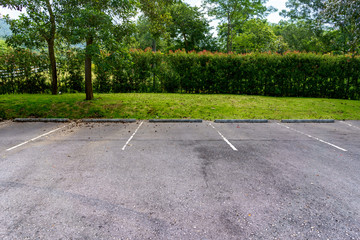 Free outdoor parking lot.
