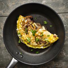 Omelett mit Pilzen - Omelette with mushrooms