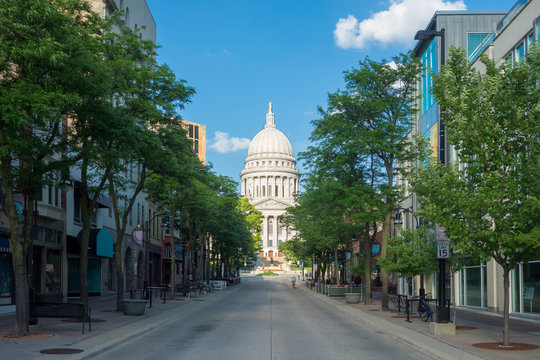 Wisconsin State Capitol building in a street scene in Madison, Wisconsin
