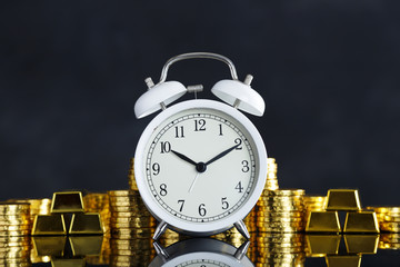 金貨と時計
