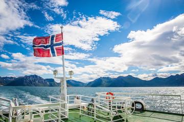 Autofähre Gryllefjord - Andenes, norwegische Küste