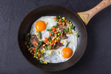 egg bacon breakfast lunch vegetables