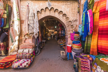 Deurstickers Marokko Souvenirs on the Jamaa el Fna market in old Medina, Marrakesh, Morocco