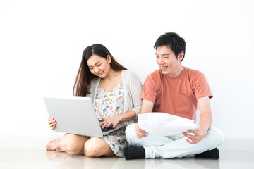 Couple buy a new house. Planing to decorate new home.