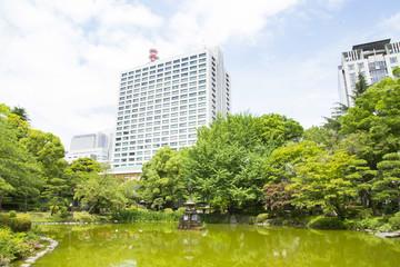 Crane fontain pond in Hibiya park